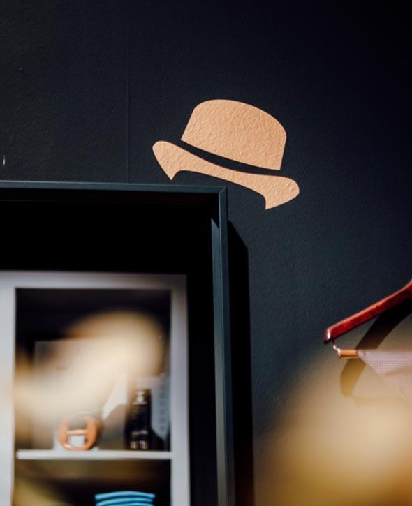 Suits Hut Malerei